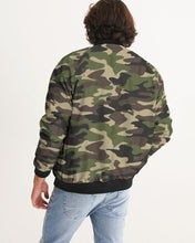 Laden Sie das Bild in den Galerie-Viewer, Dwayne Elliott Collection Camo Menäó»s Bomber Jacket - Dwayne Elliott Collection