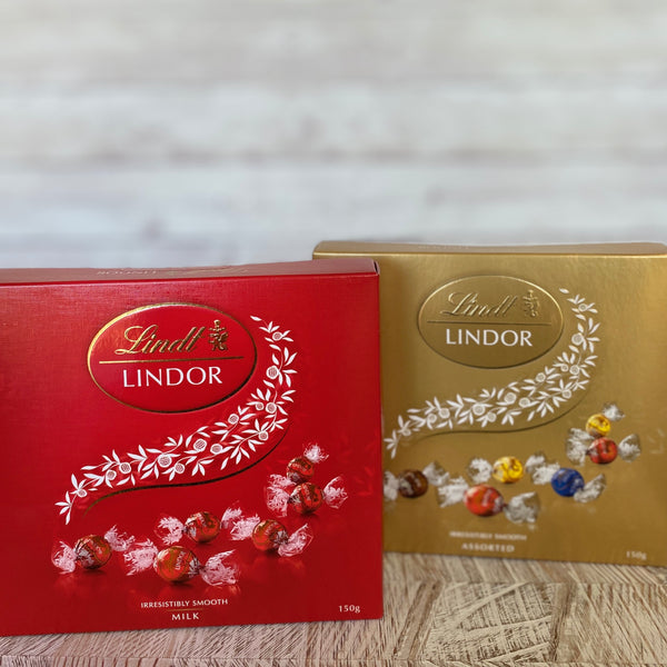 Lindt lindor Chocolates Milk or Assorted 150g Gift Box