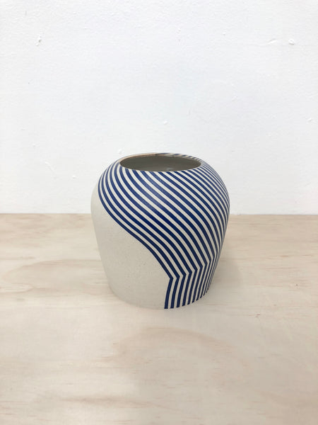 Still Flow Vase Blue
