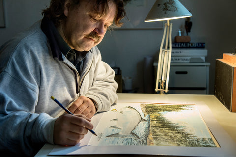 Lars Oestergaard finishing one of his art works