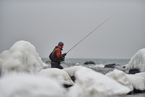 Winter Coastal Trout Hunter - BW