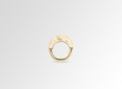 Medium Horn Ring - Cream Swirl