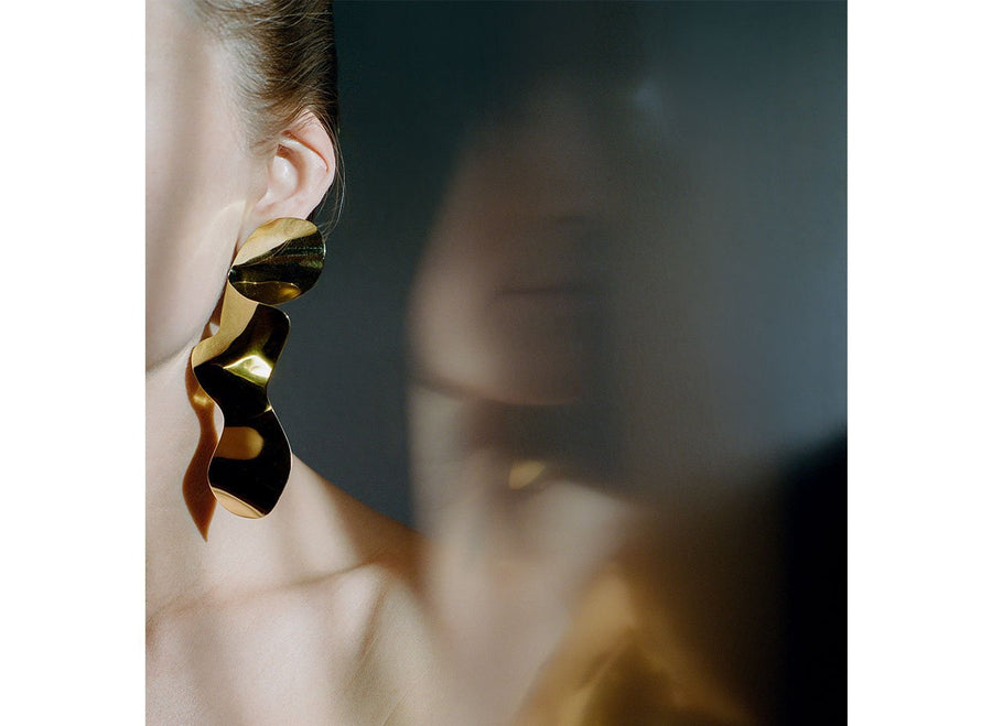 Louise Olsen Medium Fold & Flow Earrings - Brass