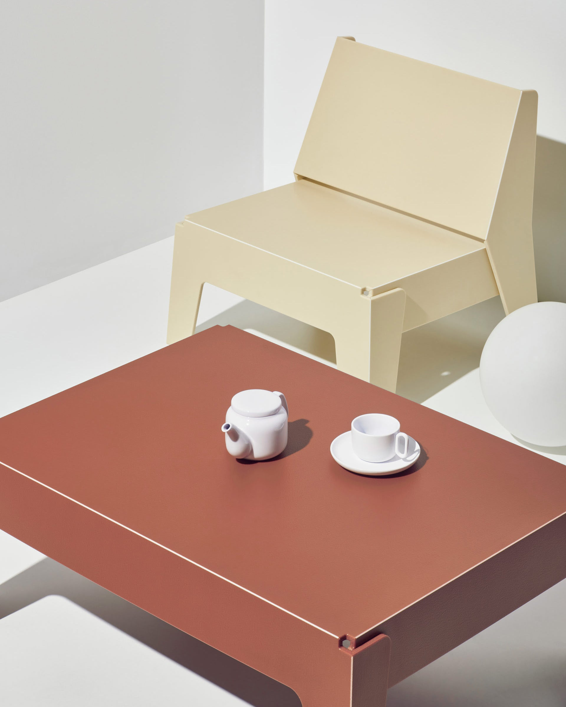 Butter Seat and Coffee Table   Recycled Plastic Furniture   Indoor Outdoor Waterproof   Gibson Karlo   DesignByThem