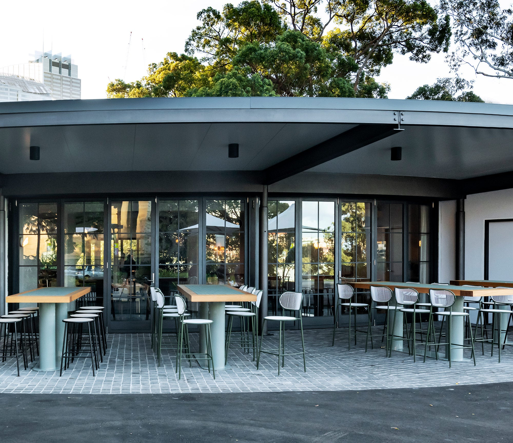 Terrace on the Domain | Five Foot One Design | DesignByThem