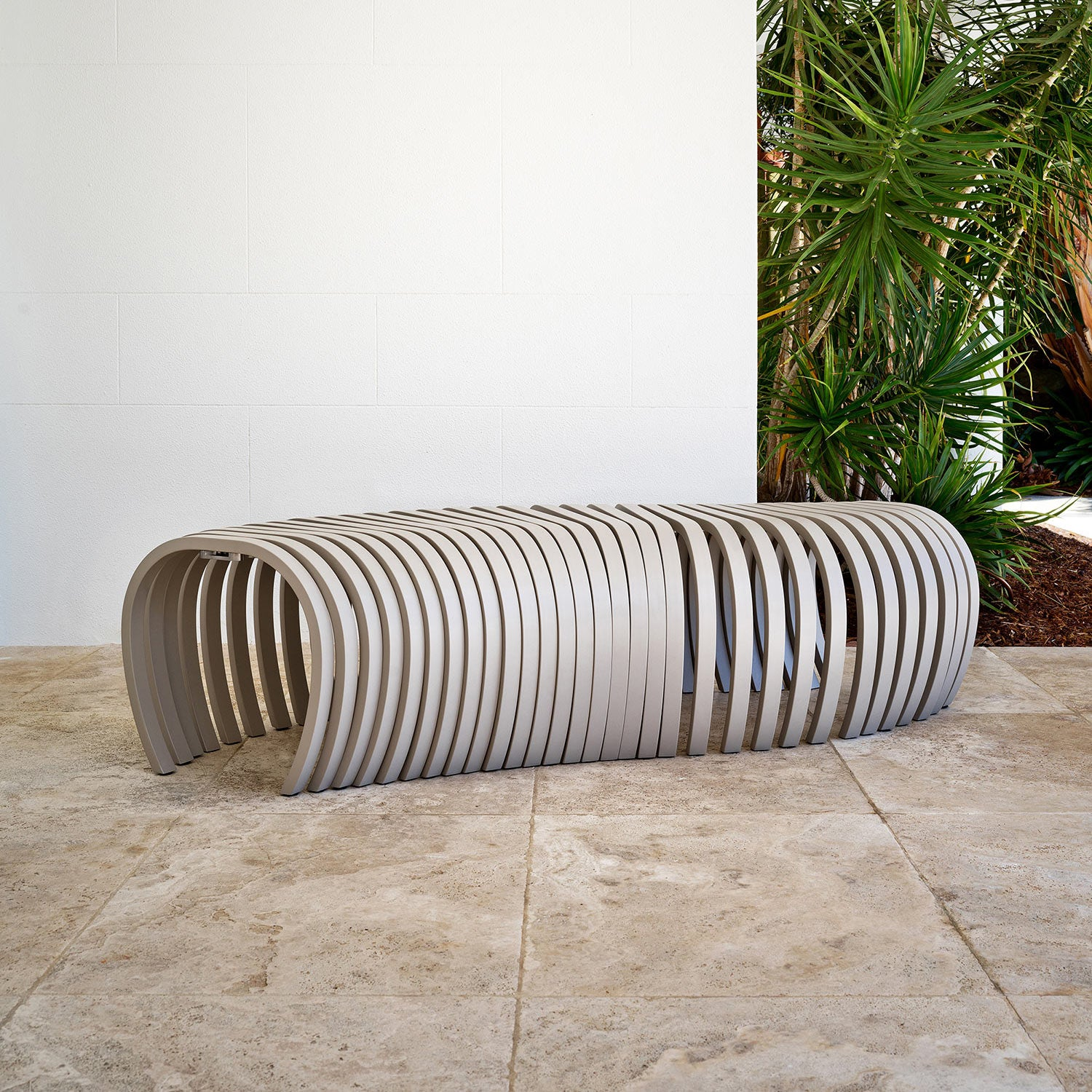Ribs Bench Outdoor | Aluminium Metal Outdoor Furniture | Stefan Lie | DesignByThem