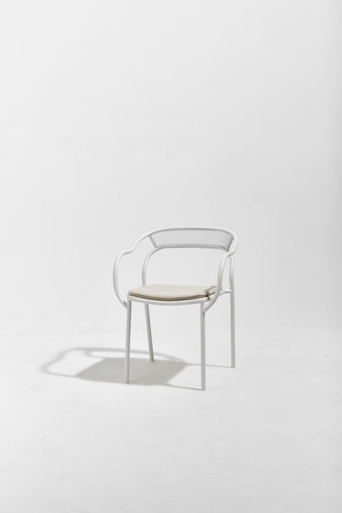 Soda Chair with Loose Upholstered Seat Pad | Aluminium Indoor Outdoor Stacking Chair | Marcel Sigel | DesignByThem