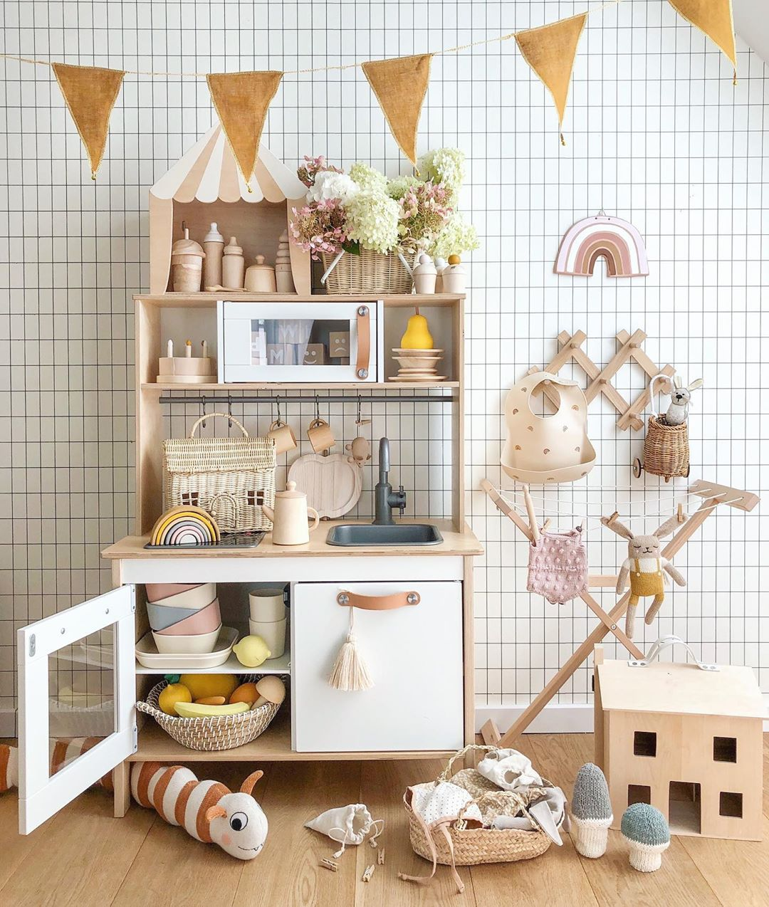 ikea-play-kitchen-hacks