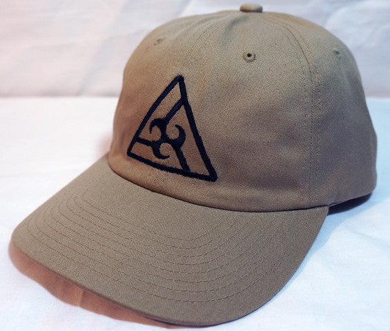 Triangle Resort Hat