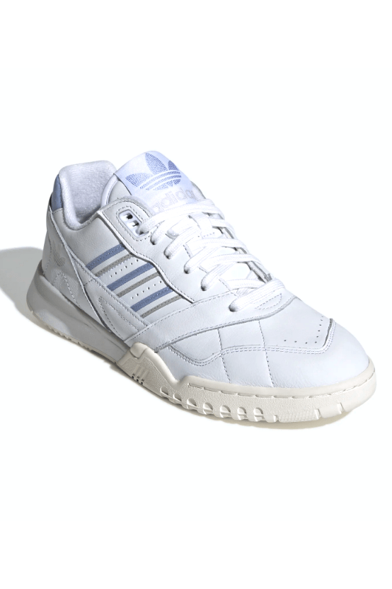 Lavender A.R. Trainer W // Ftwbla/Perve // G27715 Sneakers Adidas