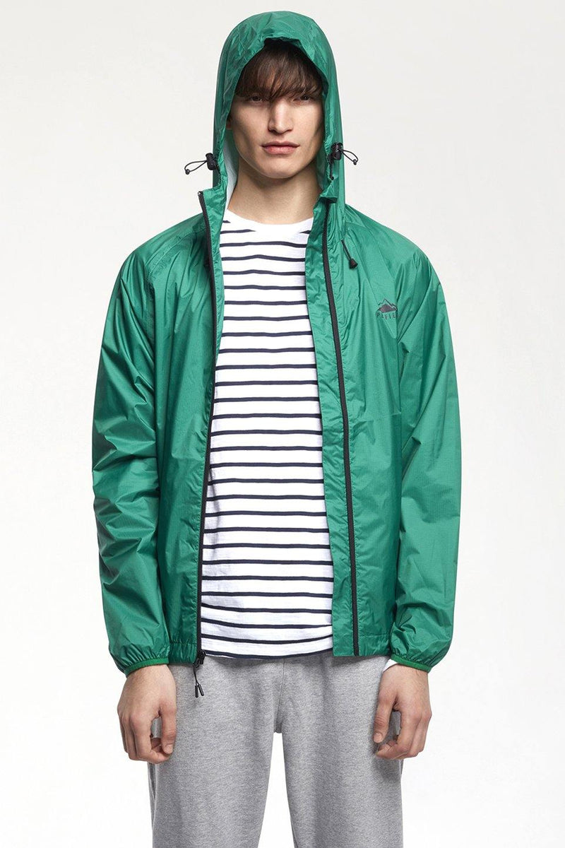 White Smoke Travelshell Jacket // Green Vestes Penfield