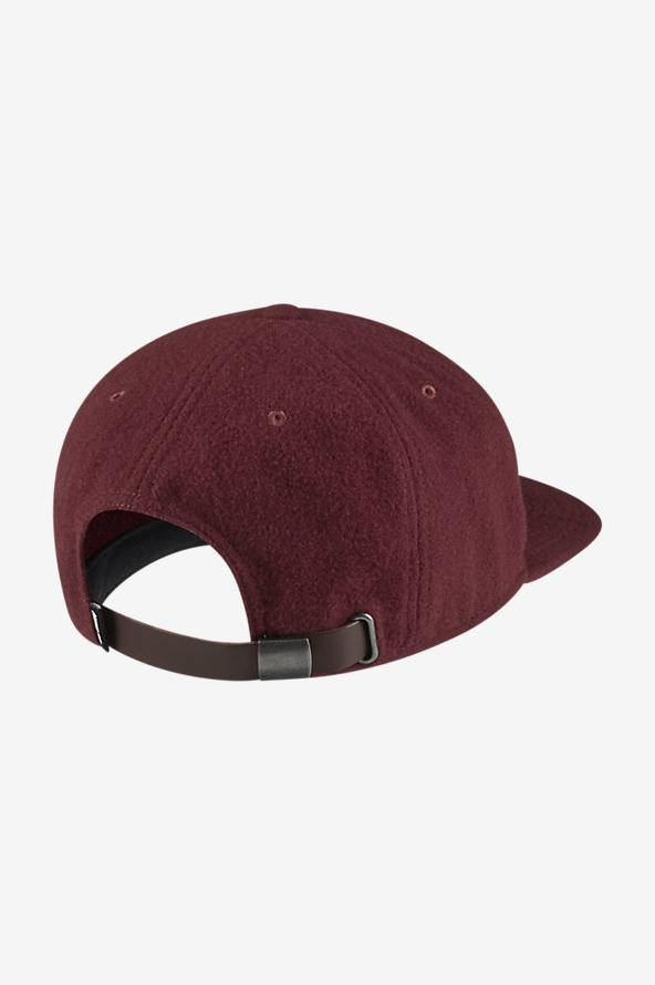 Inflield Pro Hat // Team Red/Pine Green/Sail