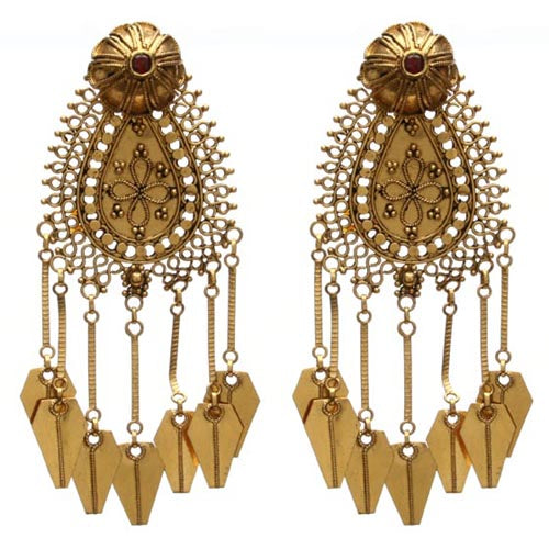 18k gold tassle earrings with rubies
