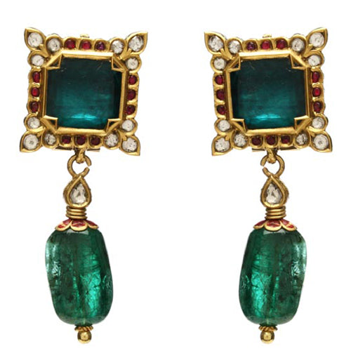 22k Gold square shaped emerald earring
