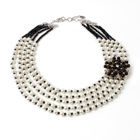 Black/Pearl Necklace