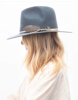 BROOKLYN FEDORA in Chambray wrapped leather and feather
