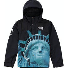 Load image into Gallery viewer, Supreme The North Face Statue of Liberty Mountain Jacket - Black
