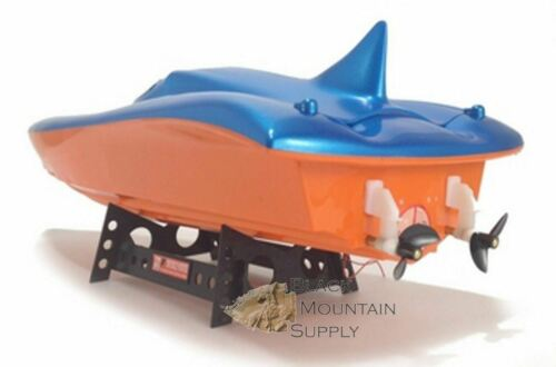 RC Speed Boat With Dual Motors 'Killer Whale' (Blue)