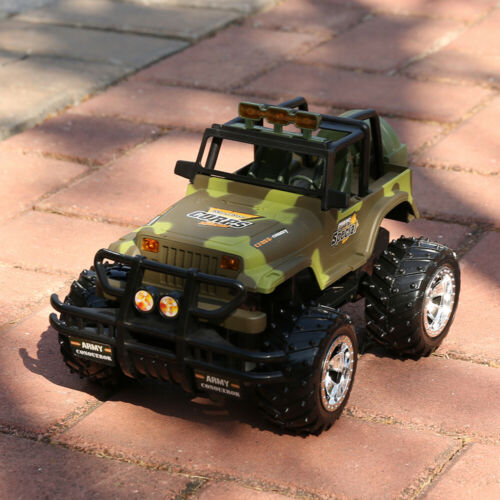 1/16 RC Car Remote Control Army Green Jeep Off-Road Vehicle Light Sound  Toy