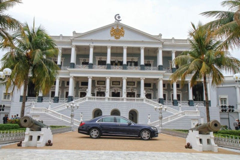 Falaknuma-palace-Hyderabad-Telangana-India-Tours-holidays-Packages-travels