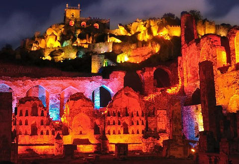 Golconda-fort-sound-and-light-show-Hyderabad-tour-packages-serendipity-holidays-telangana-tours-charminar-800x800