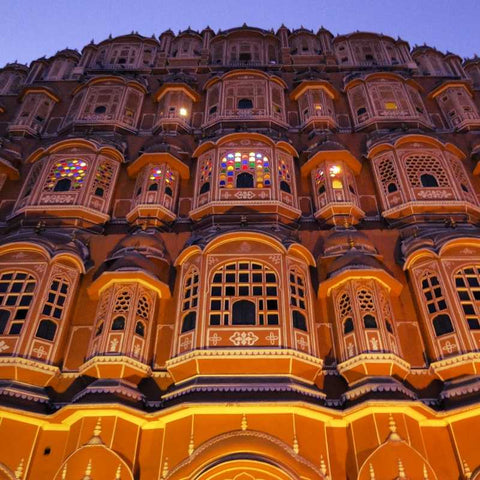 Hawa-Mahal-Jaipur-Amber-Fort-rajasthan-Best-tours-packages-honeymoon-tours-serendipity-holidays-hyderabad-telangana-india-800-800