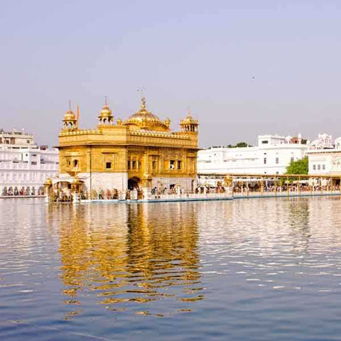 golden-temple-amritsar-Best-tours-packages-serendipity-holidays-hyderabad-telangana-india-800-800