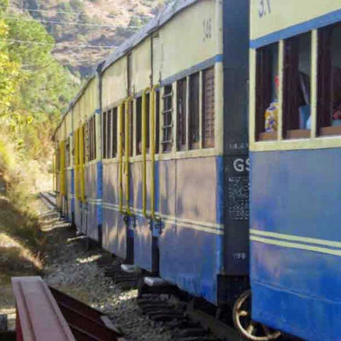 himalayan-toy-train-2-nights-3-days-Shimla-serendipity-holidays-hyderabad-telangana-tours-800x800