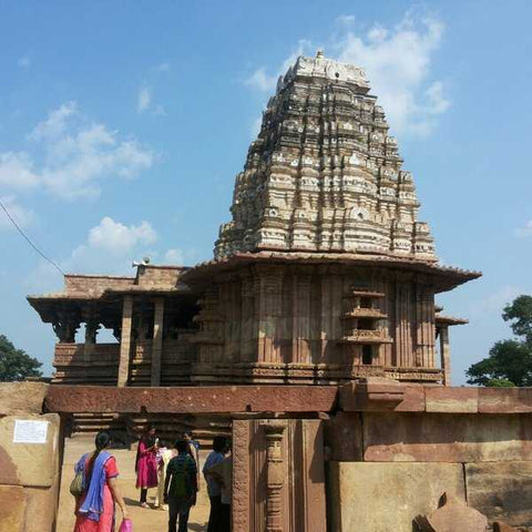 ramappa-temple-in-warangal-tourist-places-near-hyderabad-serendipity-holidays-telangana-tours-packages-800-800