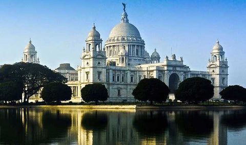 victoria-memorial-authentic-sea-food-Kolkatta--India-serendipity-holidays-hyderabad-telangana-india-800-800