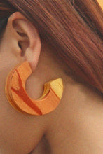 Load image into Gallery viewer, Hula Wood Earring by MUYU