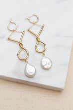 Load image into Gallery viewer, Freshwater Pearl Eiffel Earrings by Nuavo