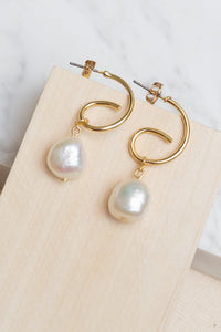 Freshwater Pearl Escargot Earrings by Nuavo
