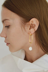 Freshwater Pearl Uo Earrings by Nuavo