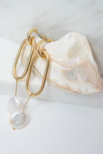 Load image into Gallery viewer, Freshwater Pearl Uo Earrings by Nuavo