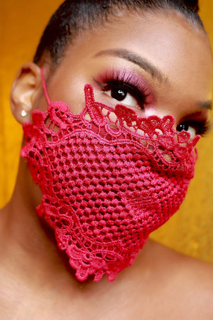 Vixen Lace Mask
