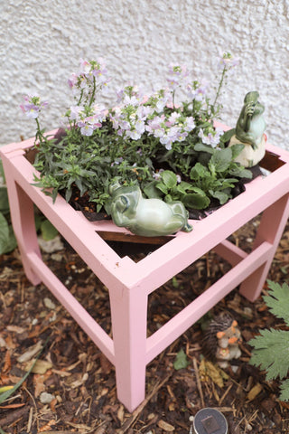 chair planter - painted chair - diy - upcycled - chalk paint