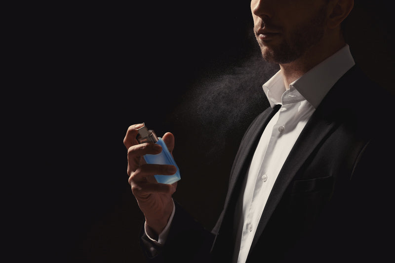 Parfums aux phéromones masculines pour augmenter l'attraction