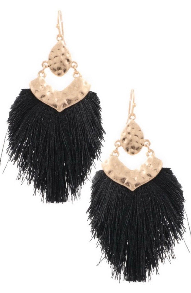 Metal Arrow Tassel Drop Earring - Black - Pineapple Lain Boutique