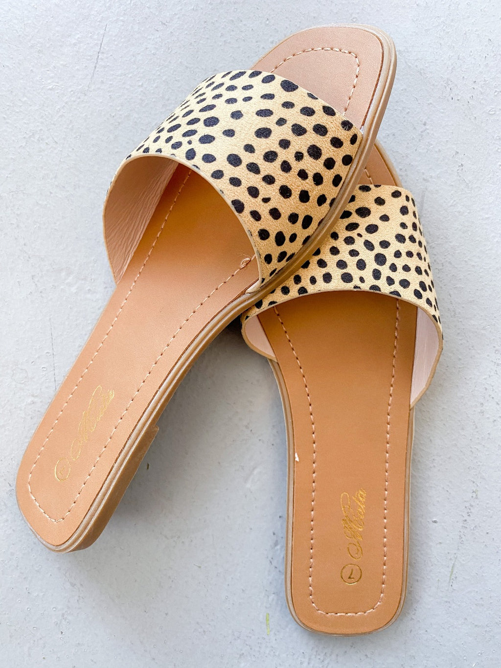 Mattie Beachie Slide - Cheetah - Pineapple Lain Boutique
