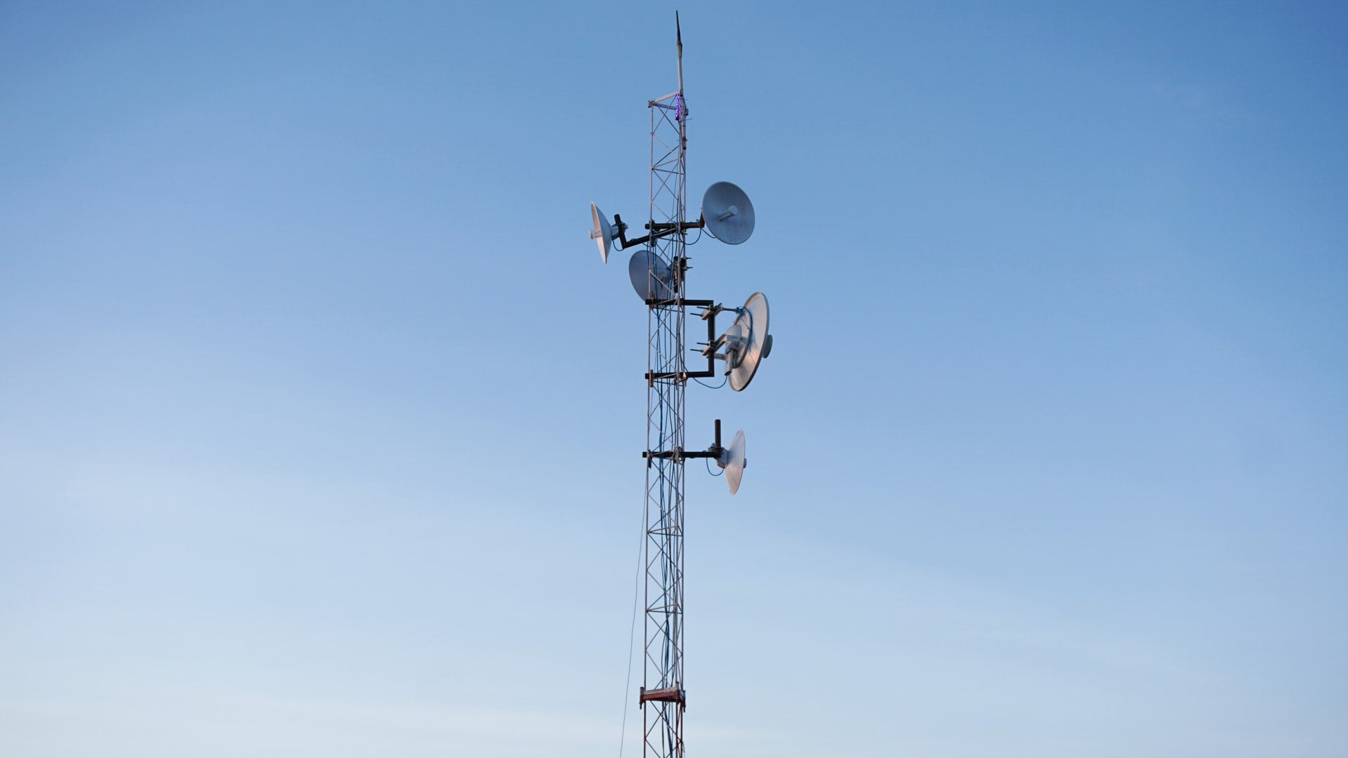 The 3 Best Internet Antenna Amplifiers For Rural Areas