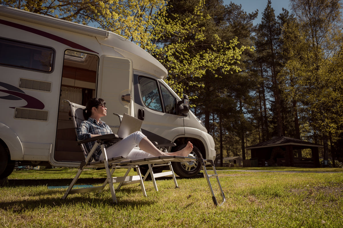 The Advantages & Disadvantages of an RV Lifestyle | Nomad Internet