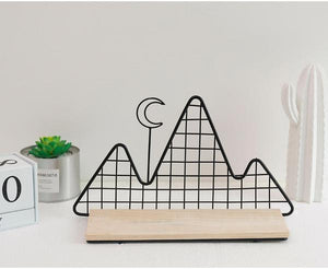 Metal Wall Shelf - Nordic Style Wall Decor Alex and Gaby Toys black on the ground