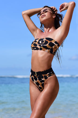 model wears jaguar b52 bikini top