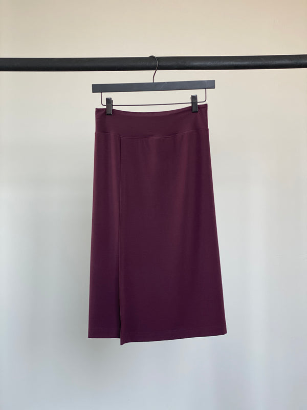MAROON - WOMENS EVERYDAY SKIRT