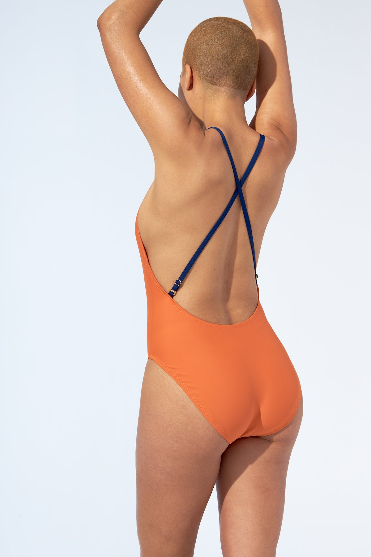 SASHA – One piece in orange