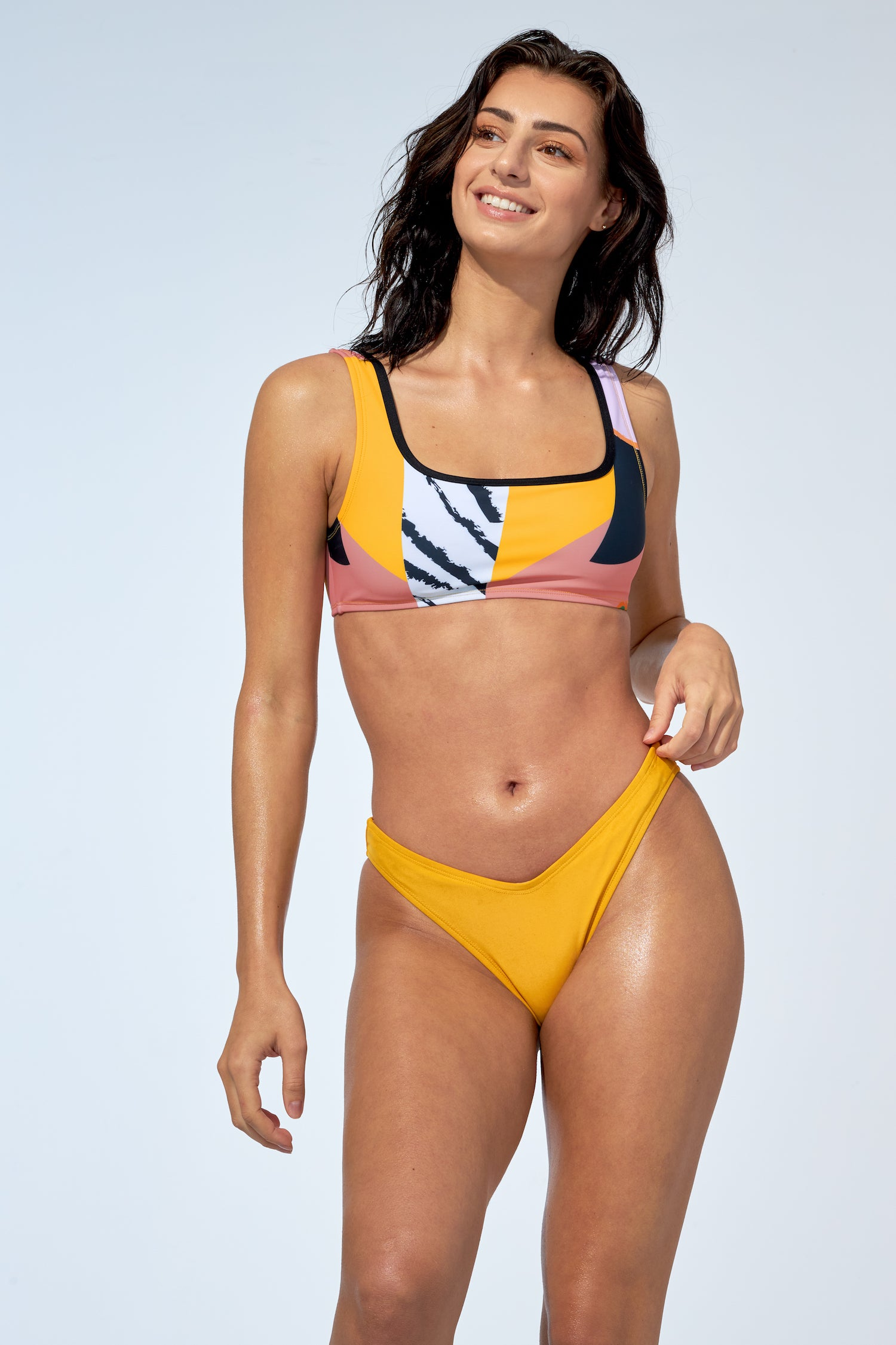 GABRIELLE - Bikini Top in tropical geo print