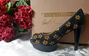 Donald J Pliner beaded pumps