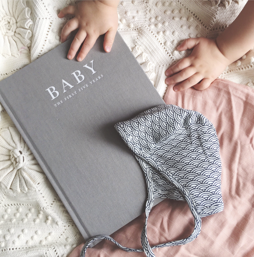 BABY JOURNAL • BIRTH TO FIVE YEARS GREY