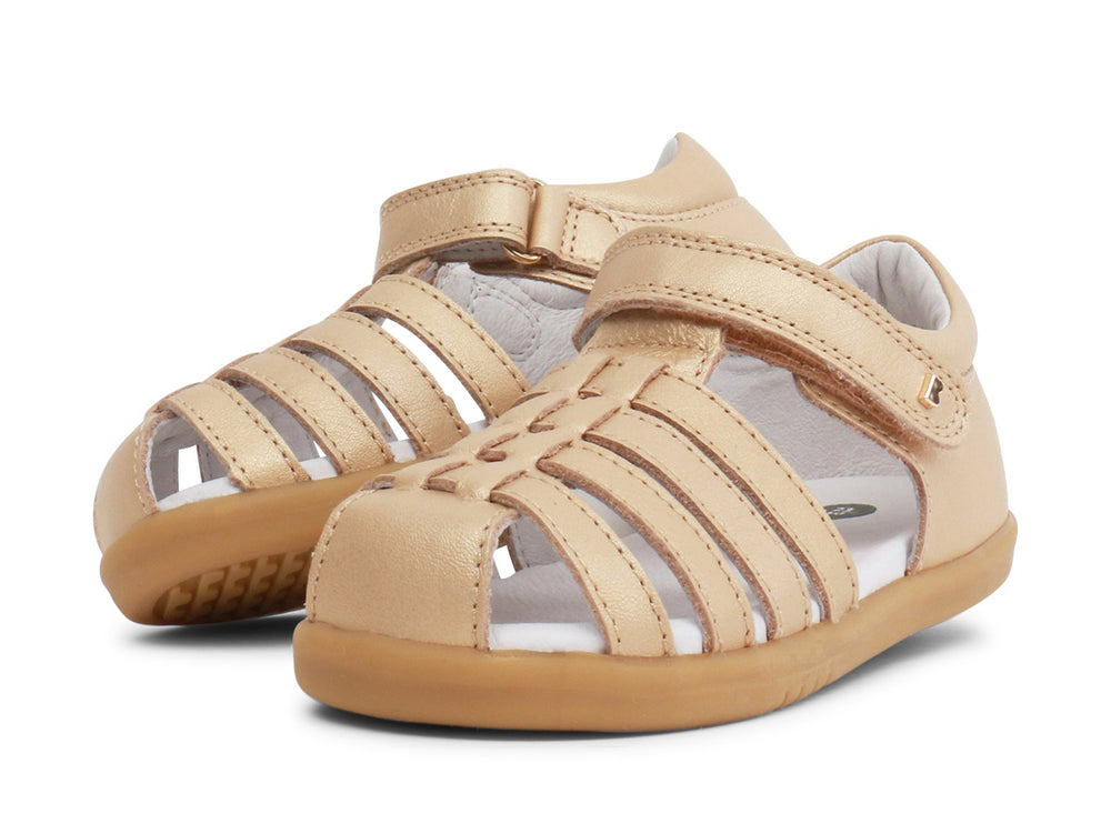 Load image into Gallery viewer, Bobux - Jump Closed Sandal - Gold